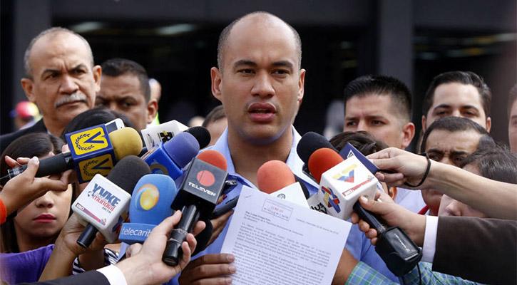 Oficialismo pidió al TSJ que designe a rectores del CNE