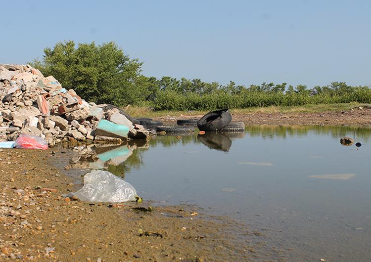 En Los Boqueticos exigen mantenimiento de laguna