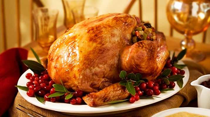 Anzoatiguenses buscan  alternativas para  la cena  navideña