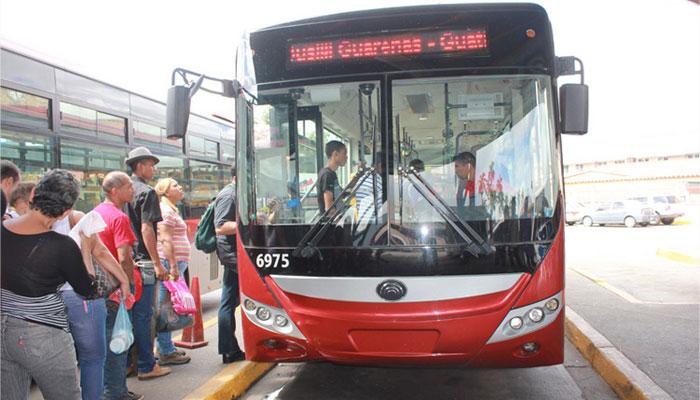 Transporte público será gratuito hasta el lunes