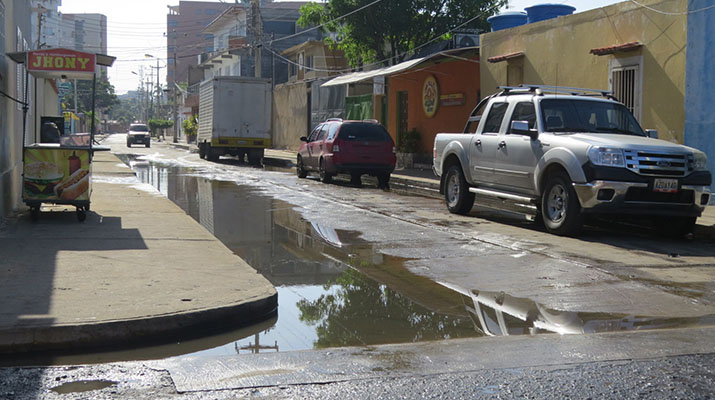 Precipitaciones  causaron estragos en calles de Lechería