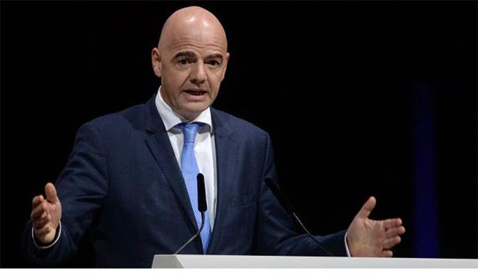 Infantino propone un nuevo formato para el Mundial 2026