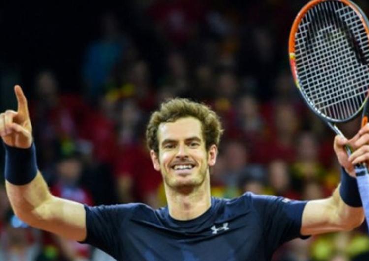 Andy Murray inició el año en la cima
