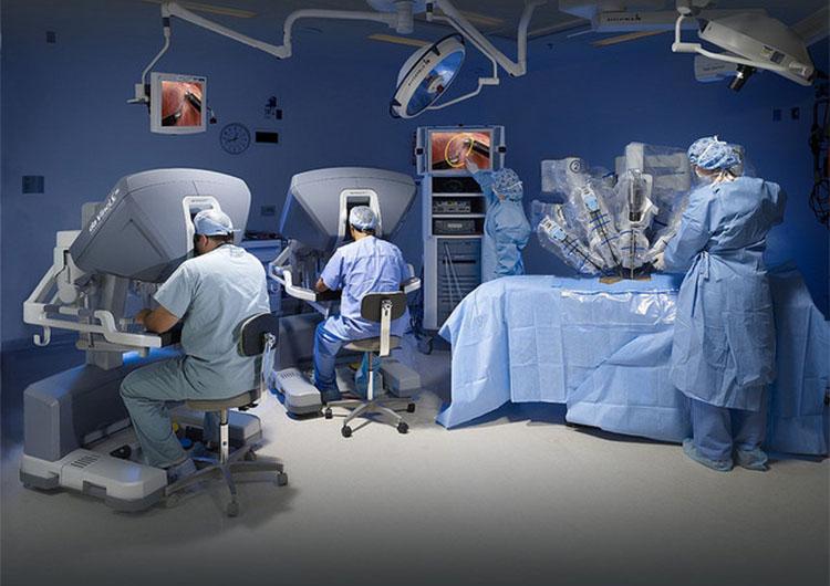 Cirugía robótica dominará la medicina este 2017