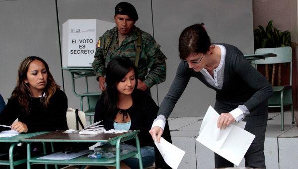 Ecuador celebró este domingo su primer simulacro electoral