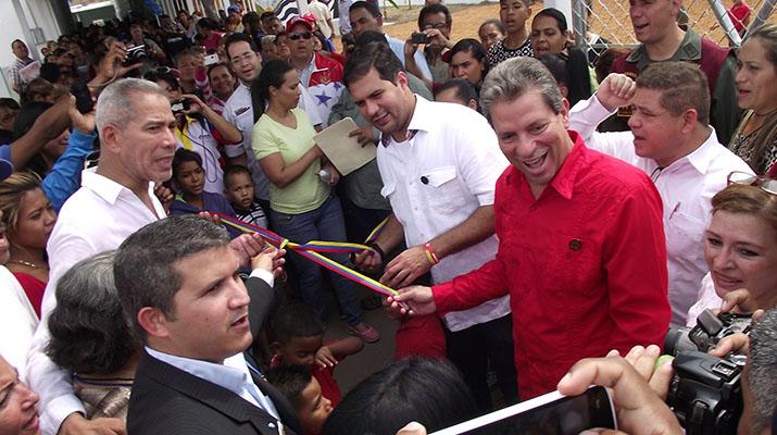 Reinauguraron escuela José Martí en el sector Campo Claro