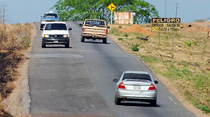 Carretera vieja Anaco – Cantaura: la guillotina para los conductores