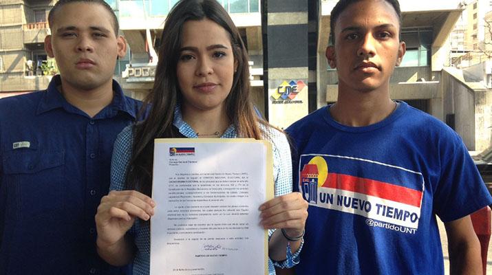 Un Nuevo Tiempo entregó documento ante CNE para  exigir cronograma electoral