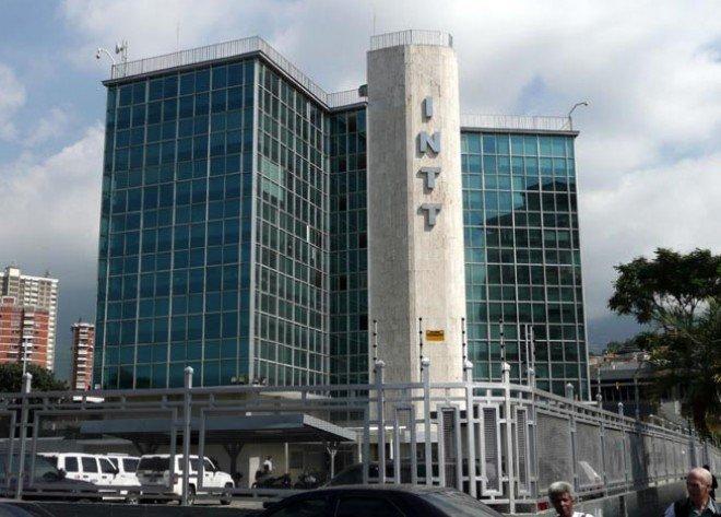 Oficializan traspaso del Intt al Ministerio de Transporte