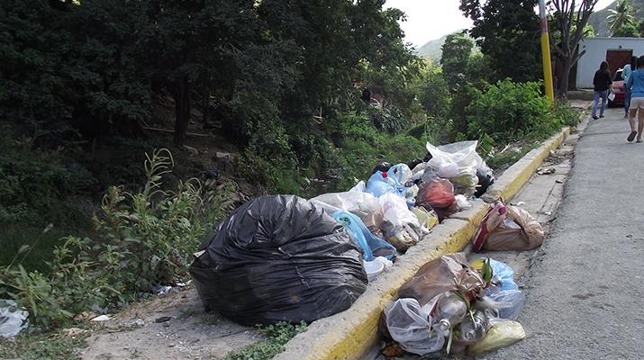 En Barrio Colombia Arriba no se puede salir de noche