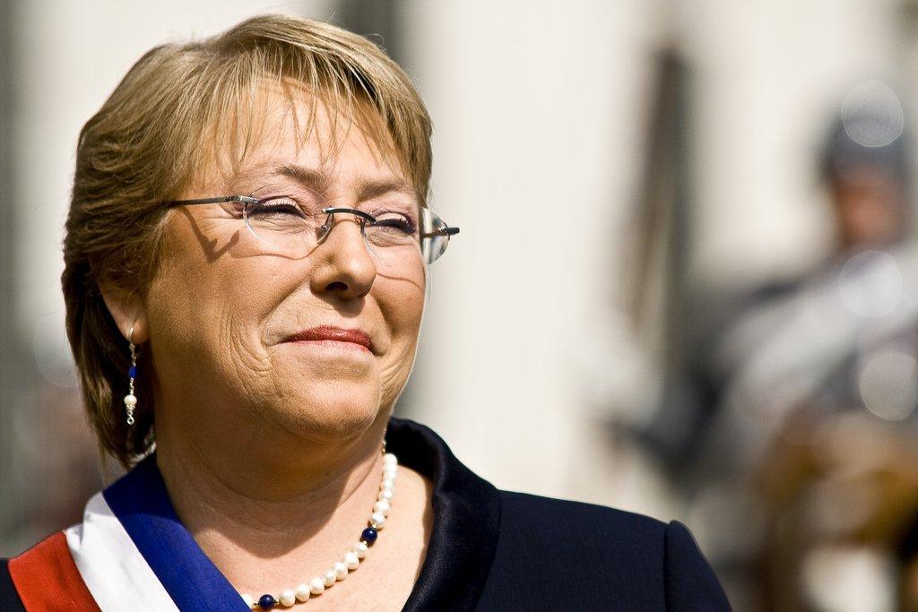 Bachelet ya podrá crear  nueva constitución en Chile