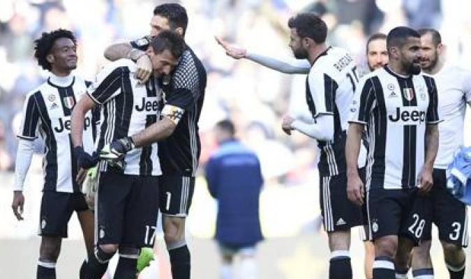Tomás Rincón vio acción y la Juventus venció a la Lazio