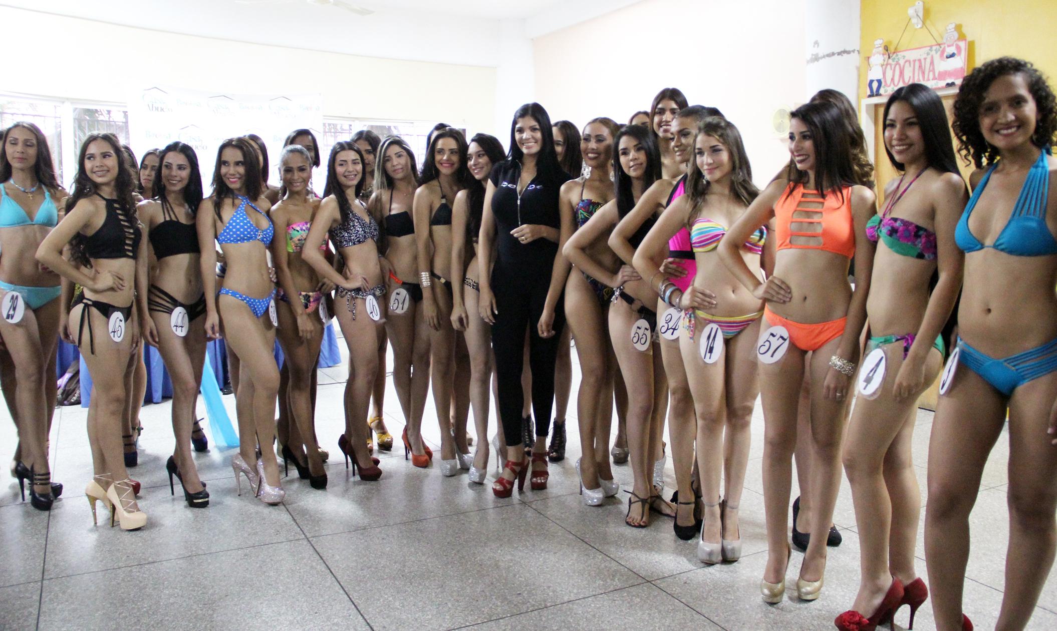 60 jóvenes participaron en casting para Reina del Carnaval
