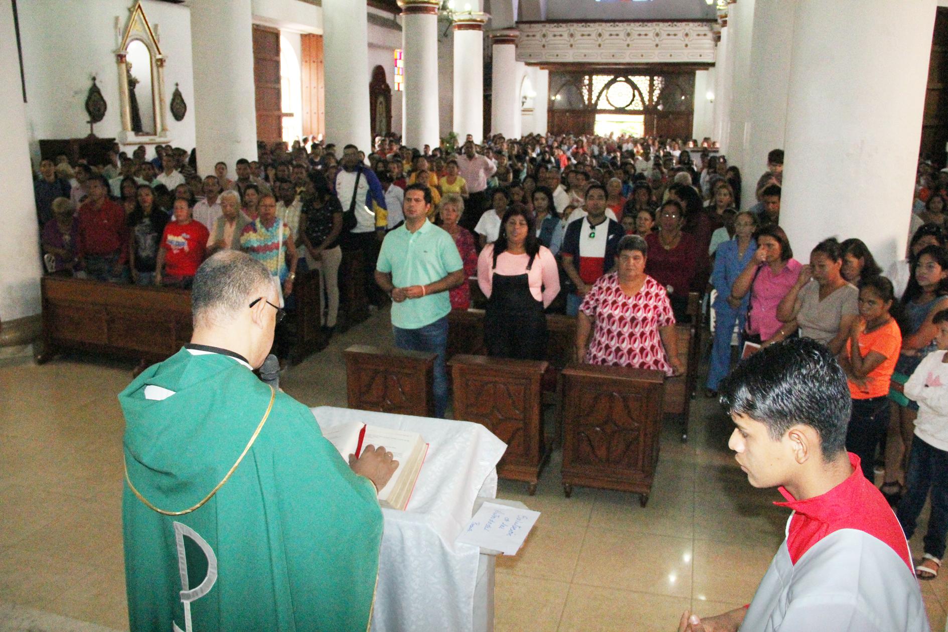 11 campamentos de pioneros celebraron misa aniversario