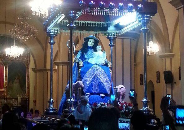La Divina Pastora bajó de su altar