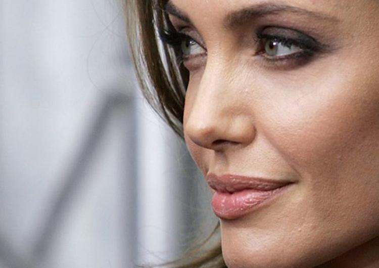 Angelina Jolie se estrena como directora de cine