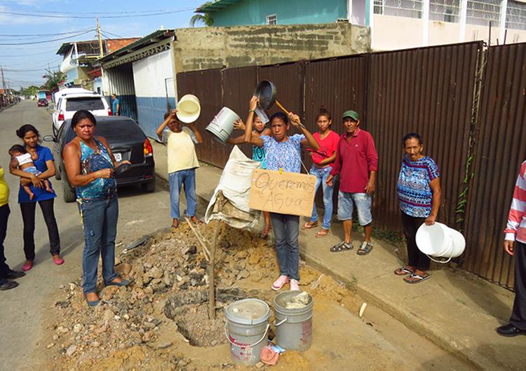 Sector La Ponderosa continúa con  fallas en el servicio de agua