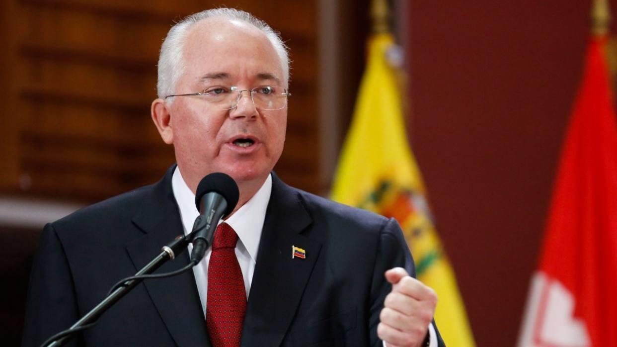 Rafael Ramírez presentará descargo público ante acusaciones de corrupción