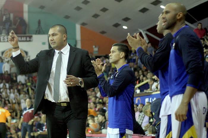 Ronald Guillén vuelve para dirigir a Marinos