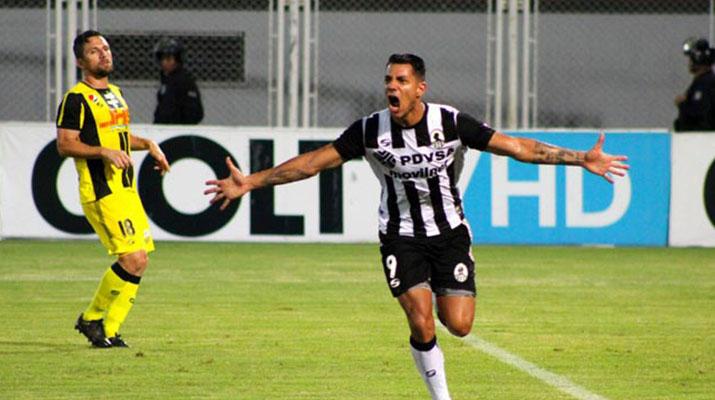 Zamora lidera la tabla luego de tres jornadas