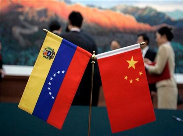 Lu Kang: «El reembolso de Venezuela a China se mantiene con normalidad»