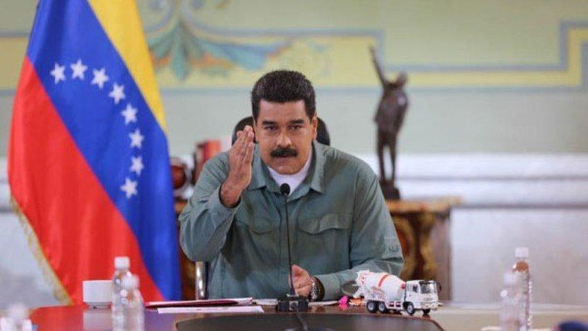 Maduro ordena a bancos del Estado destinar 30% de la cartera de créditos al programa «Soy Joven»