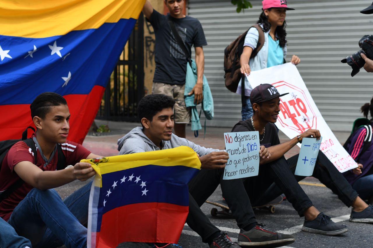 Marchas por el  Día de la Juventud  colmaron Caracas