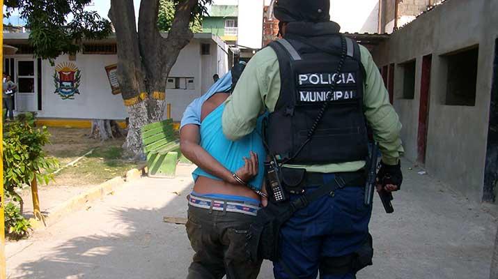 Oficiales de Polisotillo realizaron la captura de cinco personas solicitadas