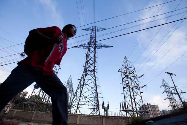 Corpoelec anuncia cortes eléctricos para hoy y mañana
