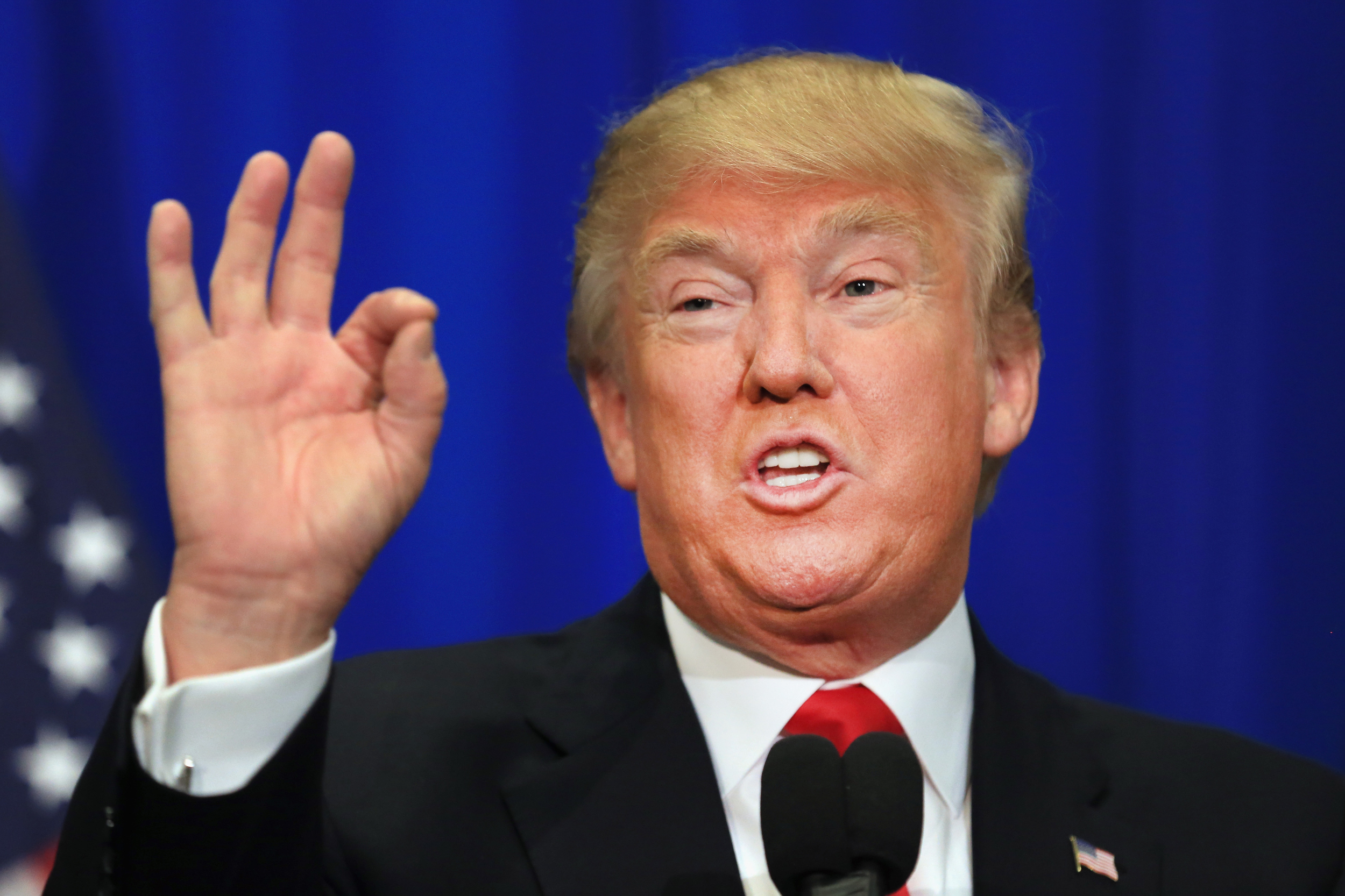 """Trump culpará al sistema judicial si """"pasa algo» malo por suspender su veto"""