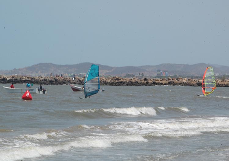 Se está disputando la II Válida Nacional de Surf en Caicara