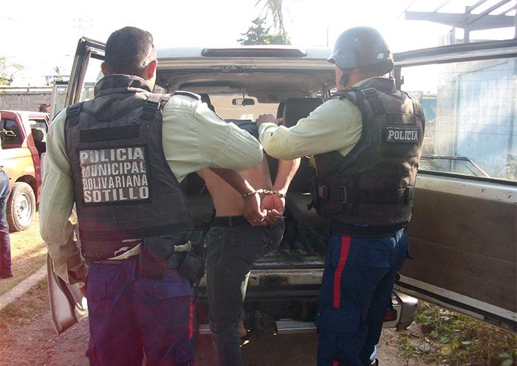 Polisotillo arrestó a menor por robo