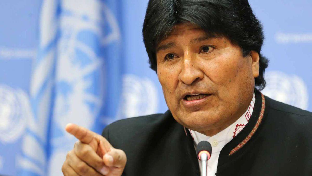 Evo Morales viaja a Cuba de emergencia para tratarse problema en garganta