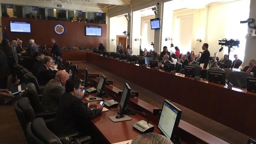 OEA discute situación de Venezuela tras 20 votos a favor