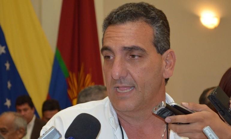 Contraloría inhabilitó por 15 años a Enzo Scarano para el ejercicio de funciones públicas