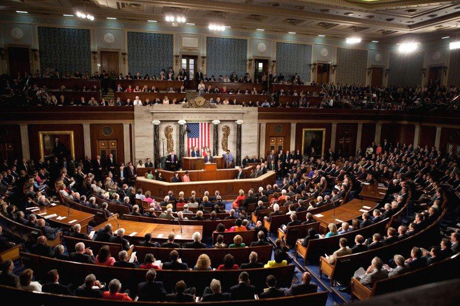 Senado de EEUU pide liberación de presos políticos en Venezuela