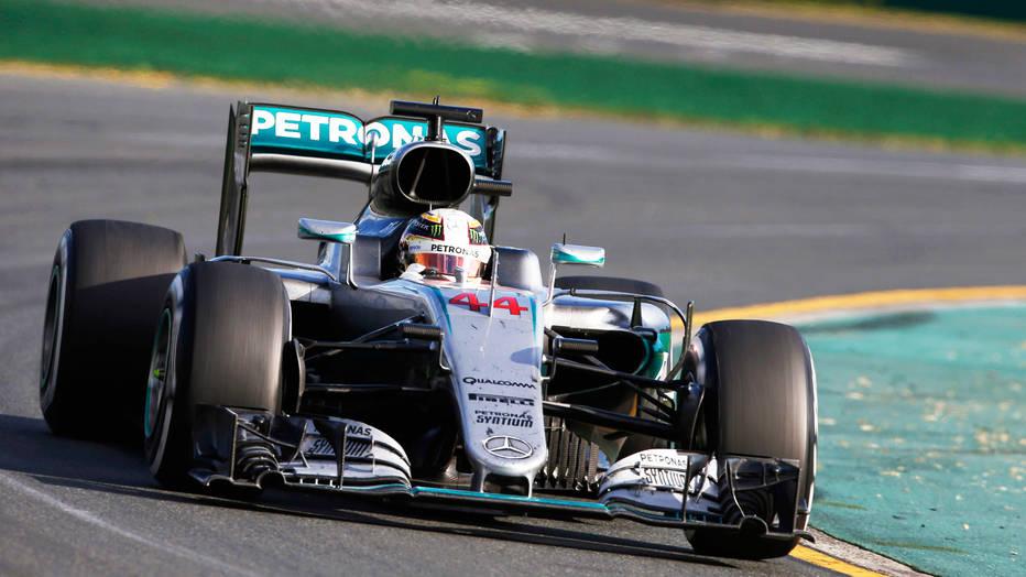 Hamilton logra la pole en la Fórmula 1 y marca récord en Australia