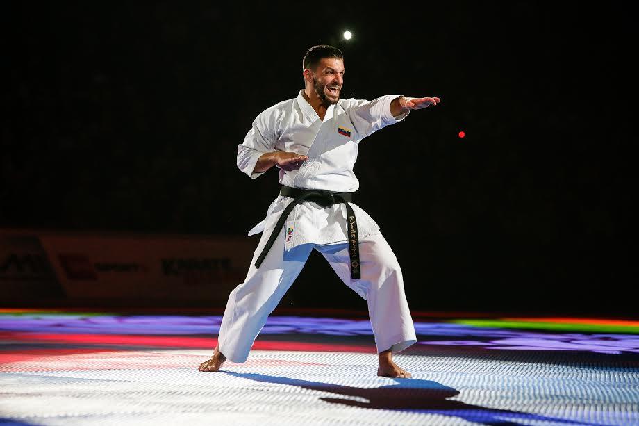 Antonio Díaz iniciará su andar por la Premier
