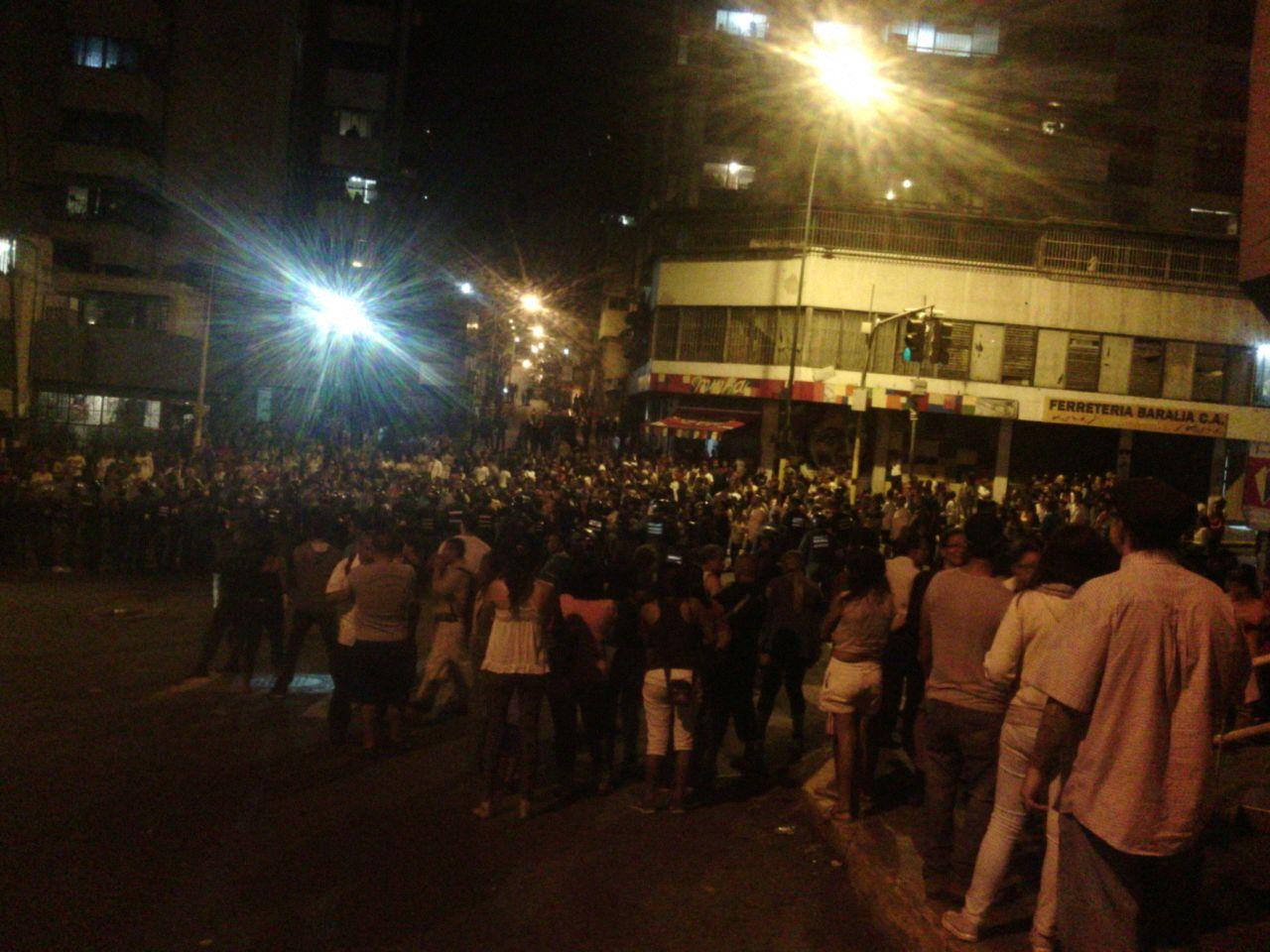Protestaron en la Avenida Baralt por expropiación de panadería