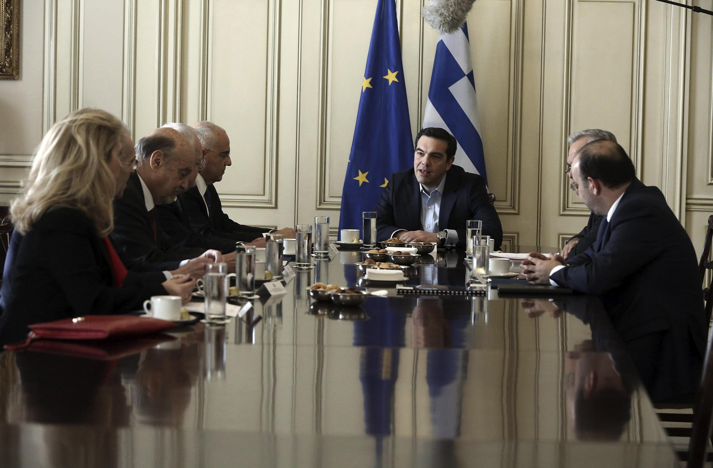 Grecia y acreedores negocian acuerdos en materia de privatización