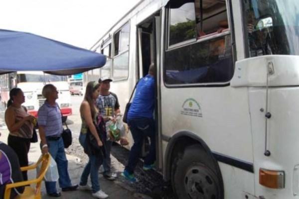 Aragüeños denunciaron aumento ilegal del pasaje