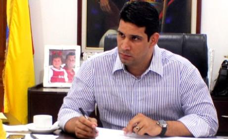 Alcalde Jhonnathan Marín desmiente rumores que aseguran que dejaría cargo en la jurisdicción