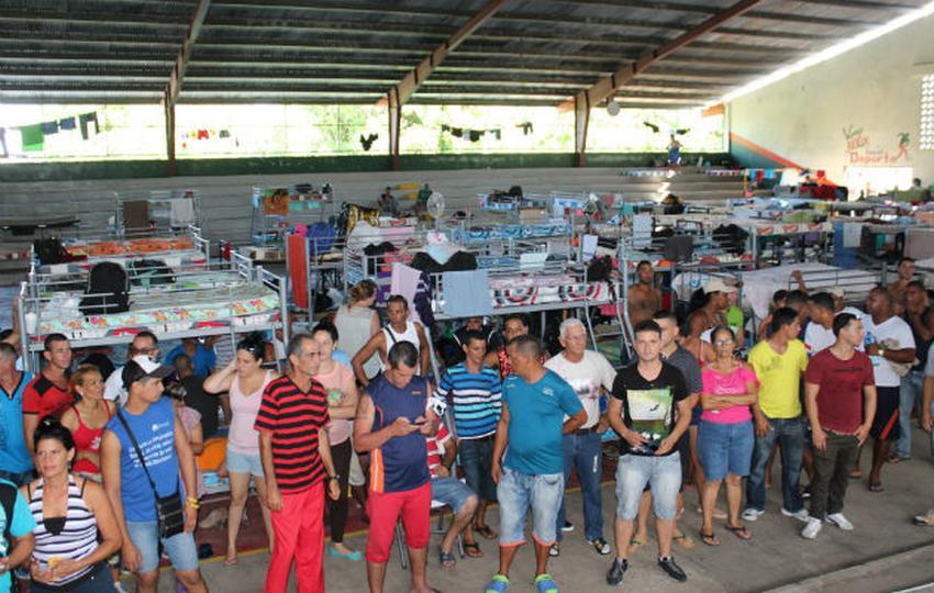Casi  500 cubanos serán  deportados de Panamá