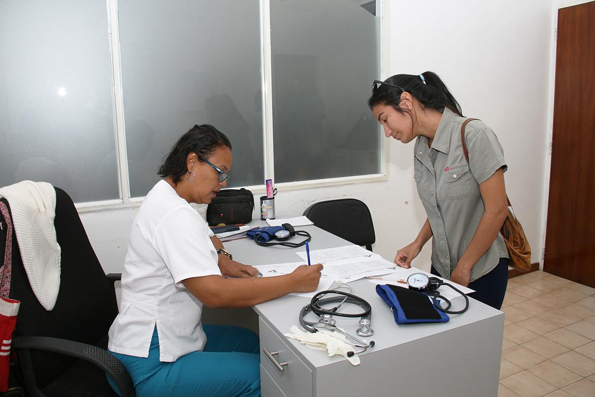 Realizaron jornadas contra la tuberculosis y cáncer uterino