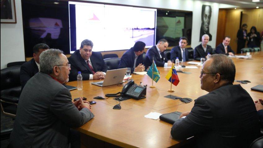 Ministros acordaron reactivar refinería de el Caribe