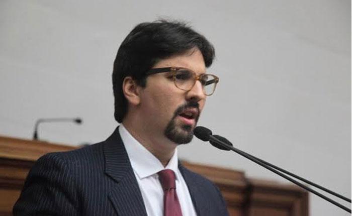 Guevara: Quieren ilegalizar al partido Voluntad Popular