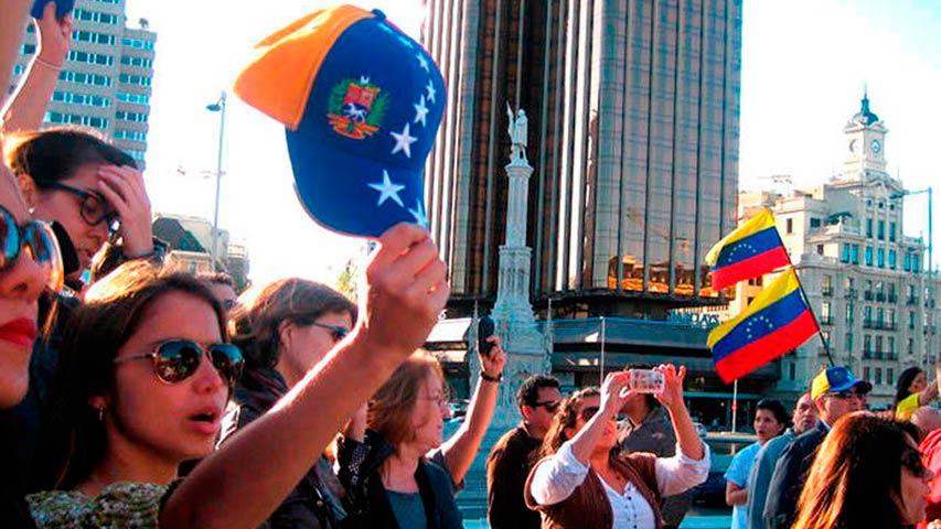 Moreno: Miles de criollos pasan trabajo fuera de Venezuela