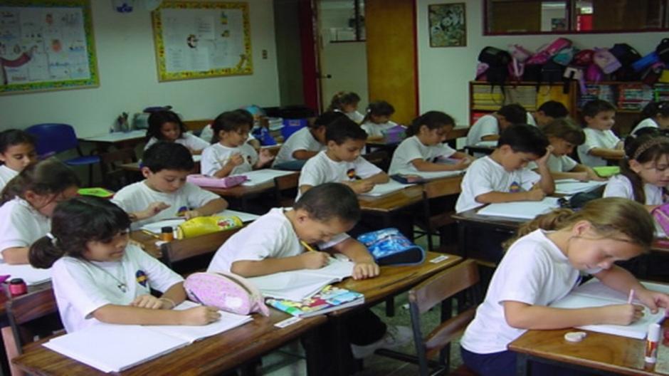 Mensualidades en colegios privados aumentarán hasta 50%