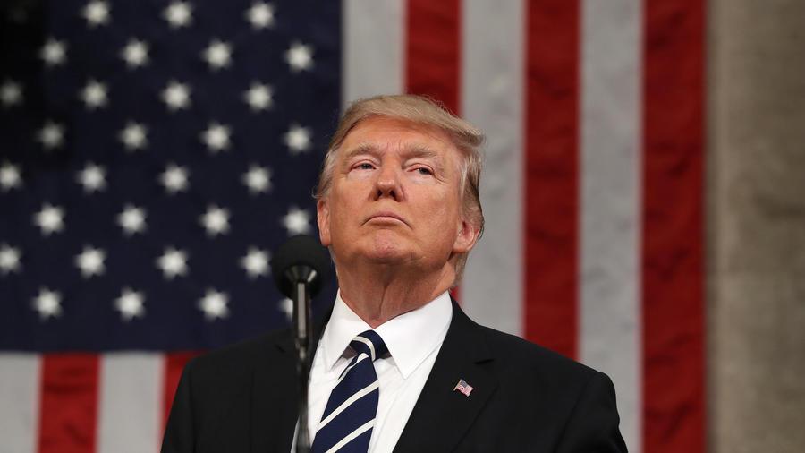 Trump planea firmar este lunes una nueva prohibición migratoria