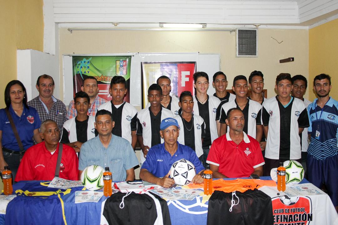Refinación Oriente presentó su plantilla para la Copa Oro